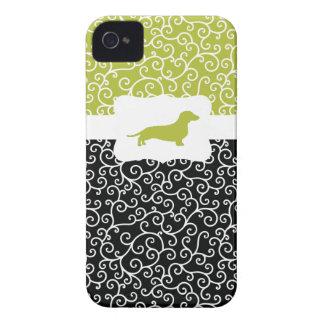 Black&Green remolina w/Dachshund iPhone 4 Case-Mate Cárcasa