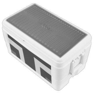 Black/Grey Color Corner (MB) Igloo Chest Cooler