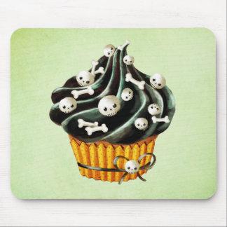 Black Halloween Cupcake with tiny skulls Mouse Pad