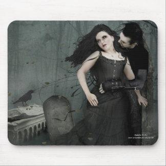 Black Heart Romance Mouse Pad