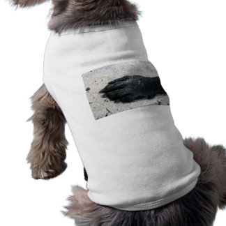 black lab dog paw animal design on sand pet tee