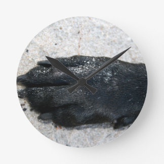 black lab dog paw animal design on sand round clock