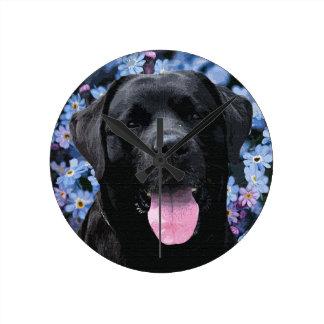 Black Labrador - Forget Me Not Round Clock