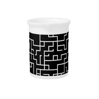 Black labyrinth maze design drink pitcher