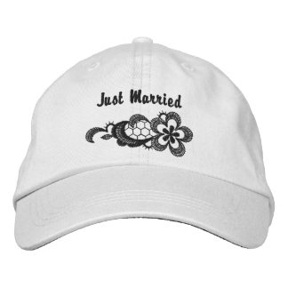 Black Lace Wedding - Just Married Hat