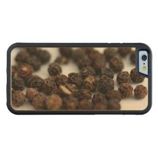Black Pepper Carved Maple iPhone 6 Bumper Case