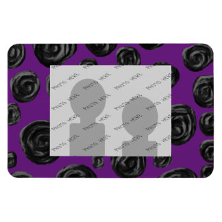 Black Rose Pattern on Dark Purple. Magnet