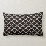 Black Scallop Pattern Throw Pillow