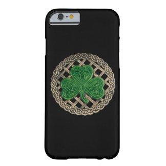 Black Shamrock On Celtic Knots iPhone 6 Case