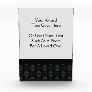 Black Skulls And Gears Pattern With Border Award