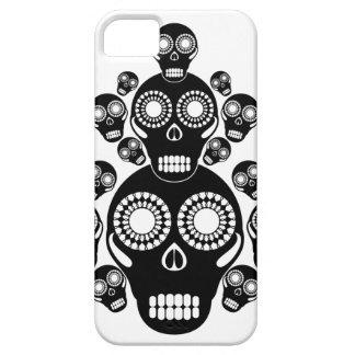 Black Skulls White iPhone 5 Covers