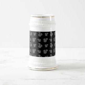 Black squirrel pattern 18 oz beer stein