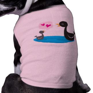 Black swan baby love you mom! T-Shirt