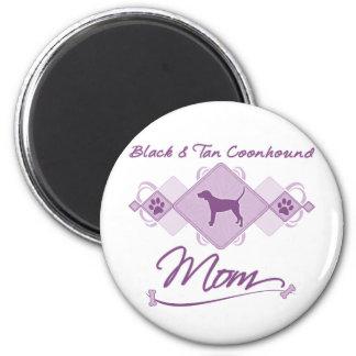 Black & Tan Coonhound Mom 2 Inch Round Magnet