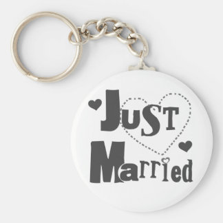 Black Text with Heart Just Married Basic Round Button Keychain