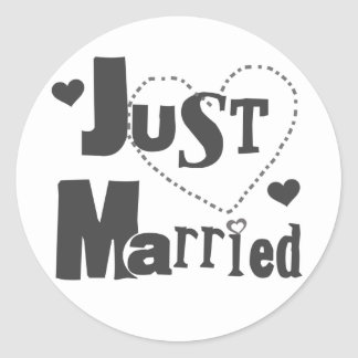 Black Text with Heart Just Married Classic Round Sticker