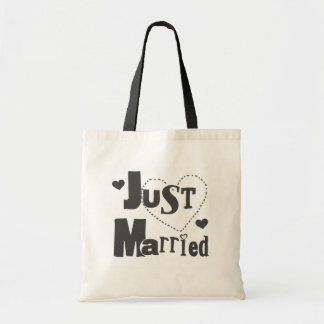 Black Text with Heart Just Married Tote Bag