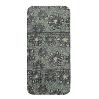 Black Tones Against Gray iPhone SE/5/5s/5c Pouch