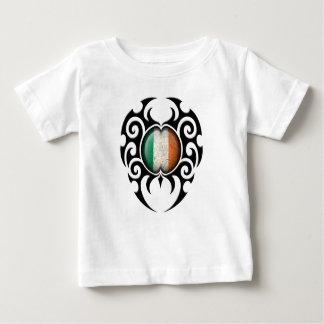 Black Tribal Cracked Irish Flag T-shirt