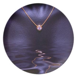 Black Wet Diamond Liquid Gold Necklace Dinner Plate