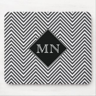 Black & White Abstract Chevron Pattern Mouse Pad