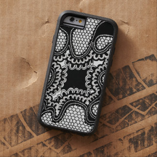 Black & White Abstract Snake Skin iPhone 6 Case