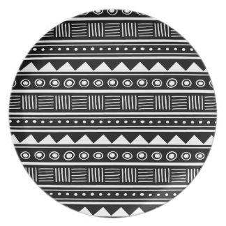 Black & White Aztec Tribal Pattern Dinner Plate