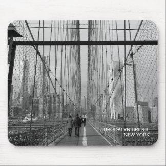 Black White Brooklyn Bridge - NY New York nr 2 Mouse Pad
