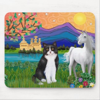 Black & White Cat - Fantasy Land Mouse Pad