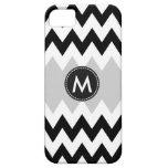 Black White Chevron Stripes Pattern iPhone SE/5/5s Case