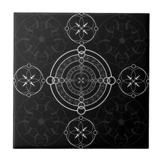 Black White Crop Circles Tile