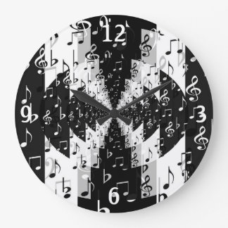Black & White Echo Music Notes Round Wall Clock