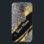 "Black &amp; white floral damask pattern case for galaxy s5<br><div class=""desc"">PERSONALIZE this chic elegant stylish vintage black &amp; white damask pattern and a modern gold swirl design ribbon &amp; girly crystal rhinestone gemstone jewel photographic print design , with your own text, name or monogram, initials . CUSTOMIZE Use the CUSTOMIZE BUTTON to adjust the text, size, font position by drag...</div>"