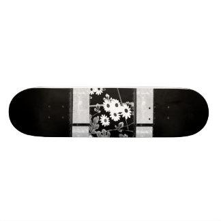 Black White Flower Skateboard