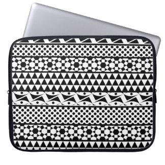 Black White Geometric Aztec Tribal Print Pattern Computer Sleeve