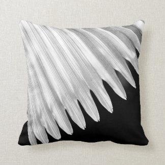 BLACK & WHITE GRAPHIC LEAF THROW PILLOW