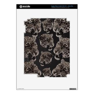 Black&White Grunge Leopard Heads iPad 3 Skin