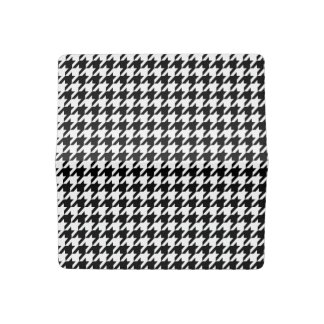 Black & White Houndstooth Pattern Checkbook Cover