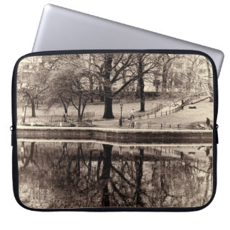 Black & White Landscape Winter Tree - Central Park Computer Sleeve