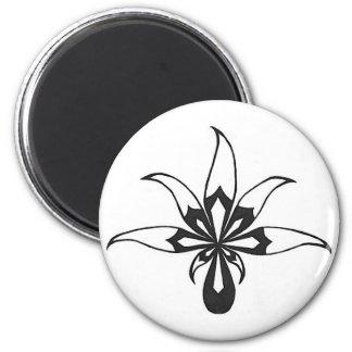 Black/White Leaf 2 Inch Round Magnet