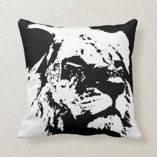 Black & white lion pop art throw pillow
