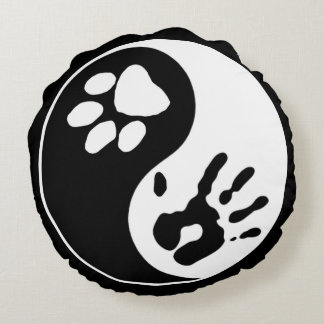 Black & White Man's Best Friend Ying Yang Symbol Round Pillow