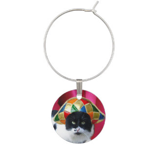 BLACK WHITE MASQUERADE CAT WITH HARLEQUIN HAT WINE GLASS CHARM