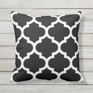 Beautiful Black U0026amp; White Moroccan Quatrefoil Outdoor Pillows