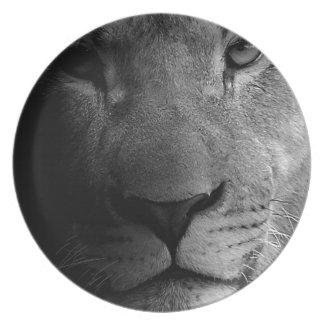 Black White Motivational Leadership Lion Portrait Dinner Plate