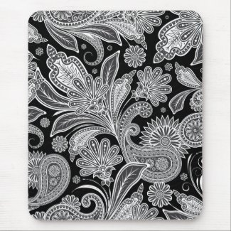 Black & White Ornate Paisley Pattern