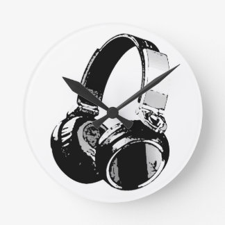 Black & White Pop Art Headphone Round Clock