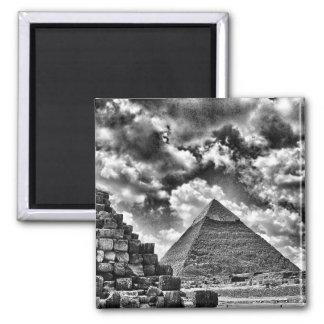 Black & white pyramids fridge magnets