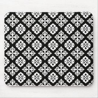 Black & White Regal Pattern Mouse Pads