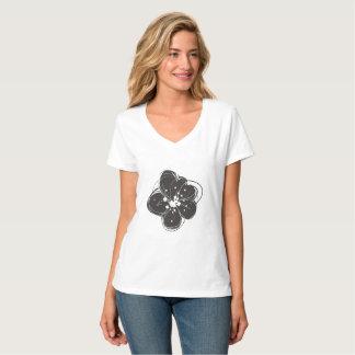 Black & White Retro Sketchy Flowers Women's Tshirt